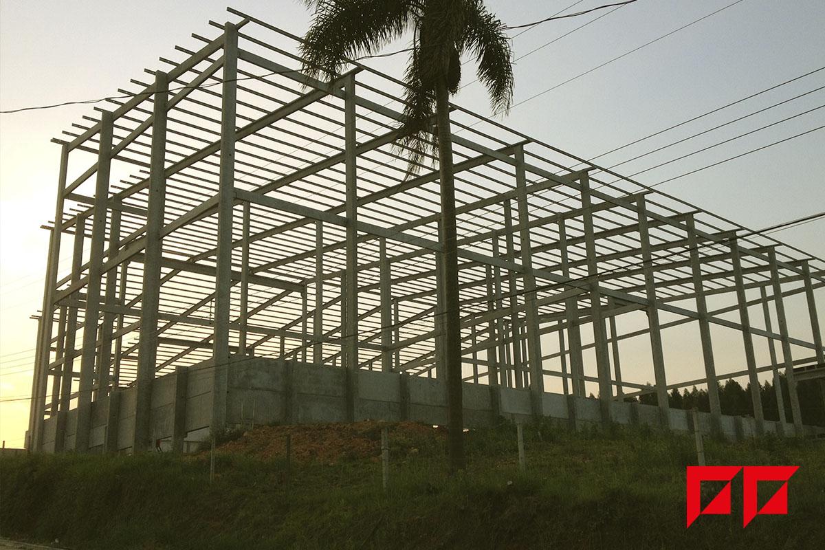 construção em solo com fundação.